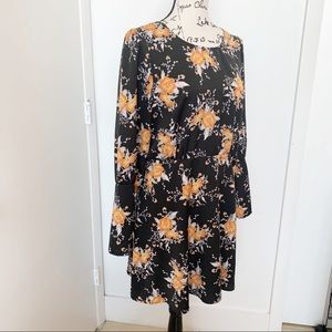 Free People Dresses - FREE PEOPLE PARKER FLORAL PRINT BUTTON DRESS